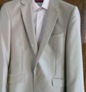 Тройка: пиджак,брюки,рубашка на свадьбу,выпускной