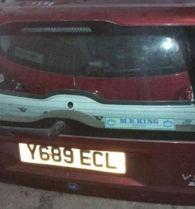 Крышка багажника Вольво Volvo xc70 v70