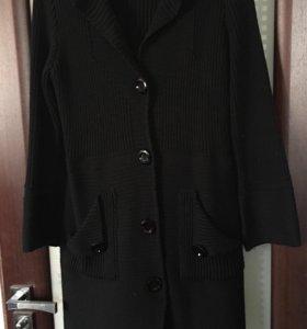 Вязанное пальто кардиган