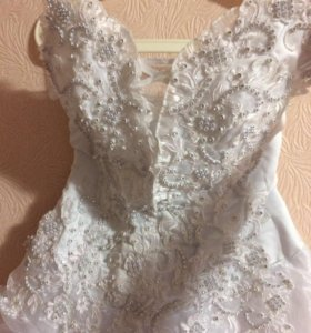 Свадебное платье,фата,перчатки,аксессуары.42-46