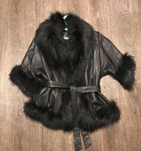 Куртка кожаная с мехом енота