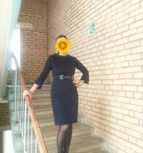 Офисное платье. Р-р 44