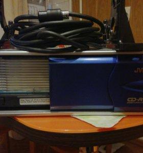 JVC CD RW чейнджер на 12 дисков