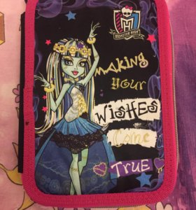 "Пенал ""Monster High"""