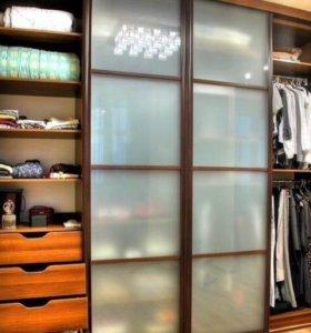 Шкафы-купе, кухонные гарнитуры