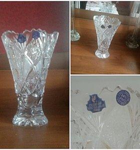 Хрустальная ваза