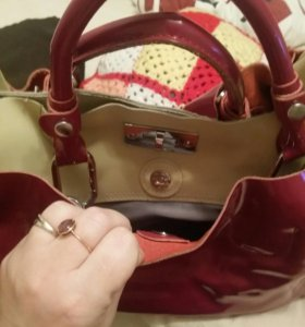 Продам кожанная сумка почти новая