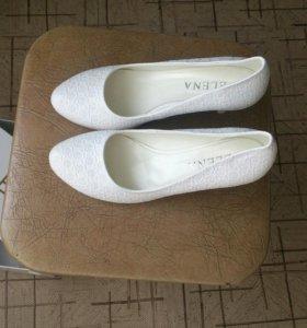Туфли продам срочно