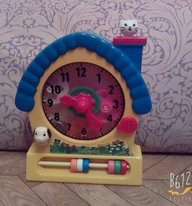 Часы игрушечные