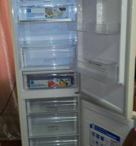 Холодильник, фирмы Samsung