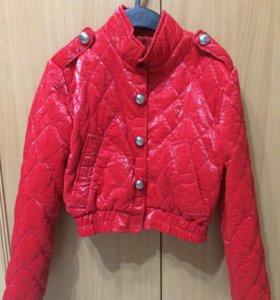 Модная куртка на весну