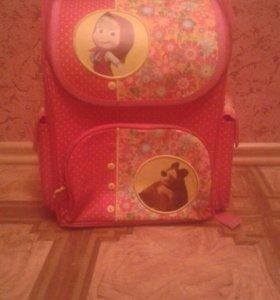 Школьный рюкзак Маша и Медведь
