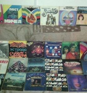 Виниловые диски грамафонные пластинки аудиокассеты