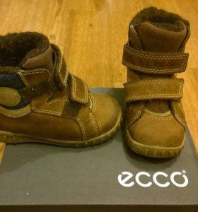 Демисезонные детские ботинки