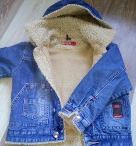Куртка джинсовая на 5-6 лет