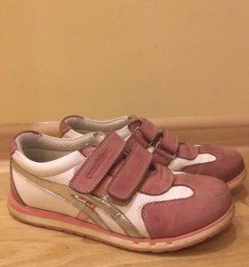 Ботиночки на девочку Castier 33 размер