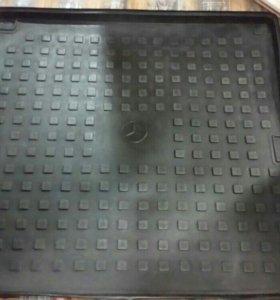 Поддон в багажник w163 w164 ml