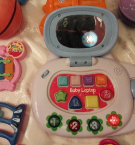 Много игрушек от 0 до 1 г+ бортики