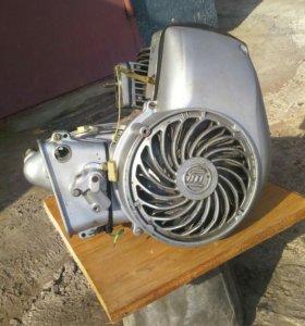 Двигатель на моторолер