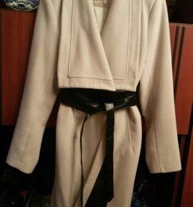 Кашемировое пальто весна-осень с отделкой из кожи