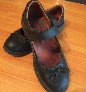 Туфли Riccione. Натуральная кожа. р-р 31