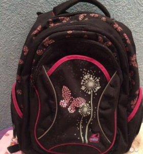 Школьный рюкзак.