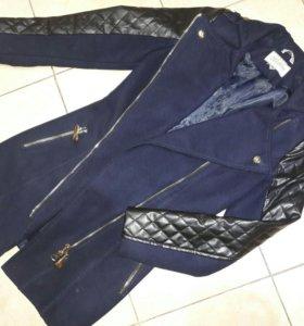 Пальто с кожаными руковами