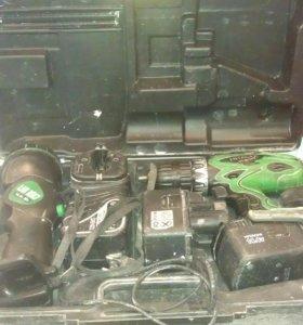 Продам шуруповерт Hitachi DS140