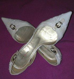 Туфли женские roberta miccio.