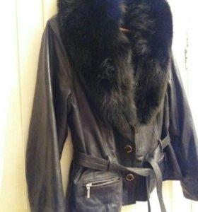 Кожаная куртка с натур.мехом