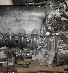 Двигатель с коробкой хонда фит