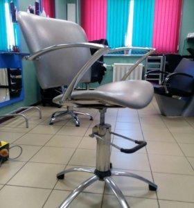Стул для парикмахера