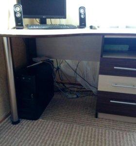 Шкаф купе,рабочий стол,полки,шкаф пенал