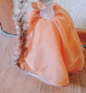 Декоративная ваза в виде куклы