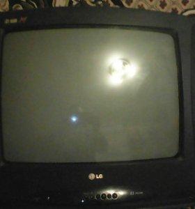 """Телевизор 21"""" диагональ"""