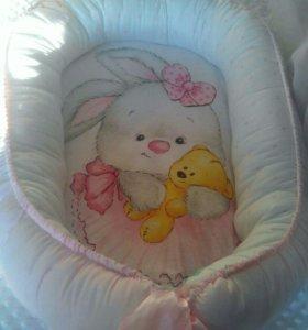 Гнездо для новорожденного, двухсторонее. В наличии