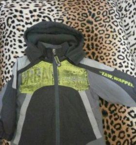 Фирменная курточка-ветровка 1,5- 3 года