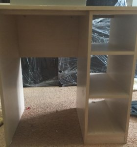 Столик с полочками