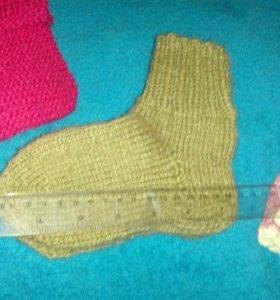 Пинетки.варежки.носки.