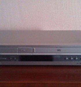 CD/DVD магнитофон Sony (комбо) видео кассеты и CD