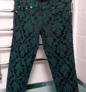 Зауженные брюки Gucci