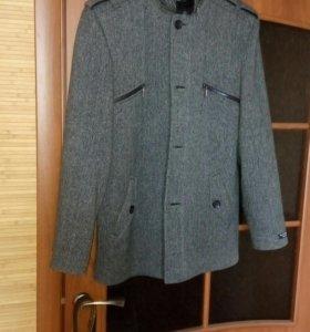 Пальто мужское , осень-весна