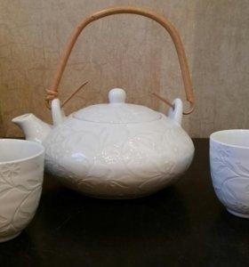 Чайник заварочный и 2 пиалки