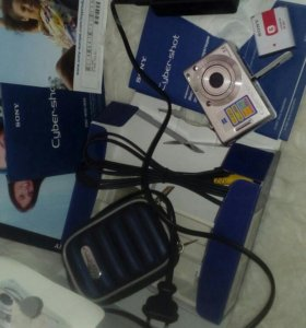 Цифровой фотоаппарат Sony Cyber-shot DSC-W35