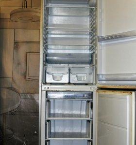 Холодильник б/у Indesit BA20S