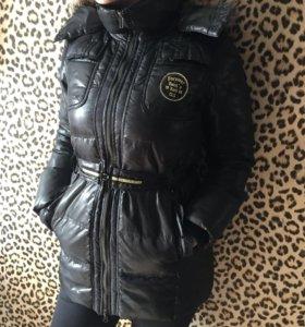 Куртка , пуховик Colin's