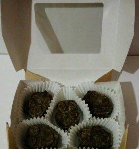 Шоколадные конфеты , сладости, подарок