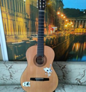 Классическая гитара.