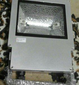 Прожектор cron 150 sil ip 65 новый