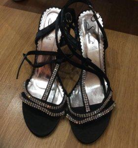 Босоножки+туфли на шнурках